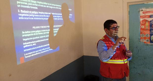 Encargado regional de la Sección de Prevención de Incendios Forestales de CONAF, Daniel Ariz.