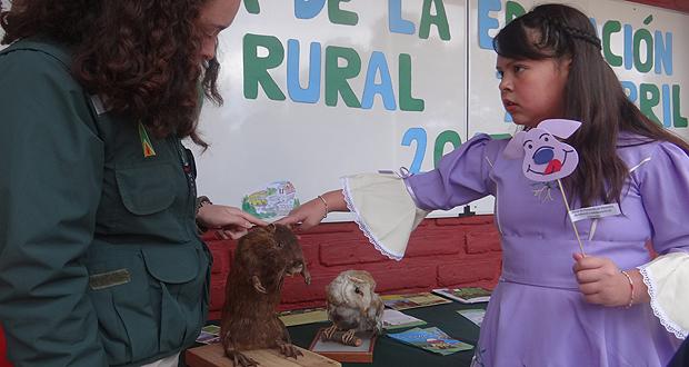 CONAF celebró el Día Nacional de la Educación Rural en la escuela básica Teniente Julio Allende Ovalle de Peñuelas.