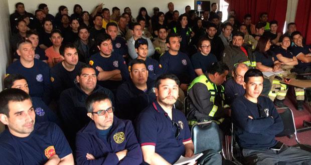 Los voluntarios recibieron una inducción respecto al Sistema de Comando de Incidentes (SCI), modelo de gestión y administración de recursos durante diversos eventos, entre ellos los incendios forestales.