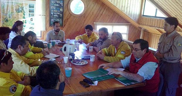 Reunión binacional entre autoridades del parque nacional Lanín de Argentina y CONAF Araucanía.