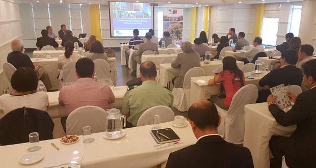 CONAF organizó la reunión, de carácter ampliado, entregando diferentes insumos para ser implementados a través de acciones mitigatorias y de prevención.