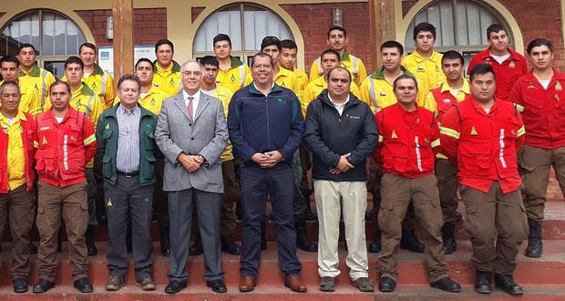 Ocho brigadas de combate de incendios forestales de la Corporación Nacional Forestal, CONAF, de la Región del Biobío fueron reconocidas por la institución.